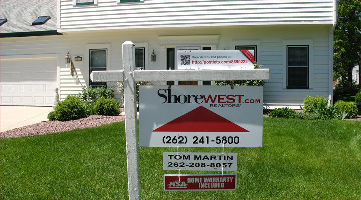 Shorewest sign infront of Ville du Parc house for sale